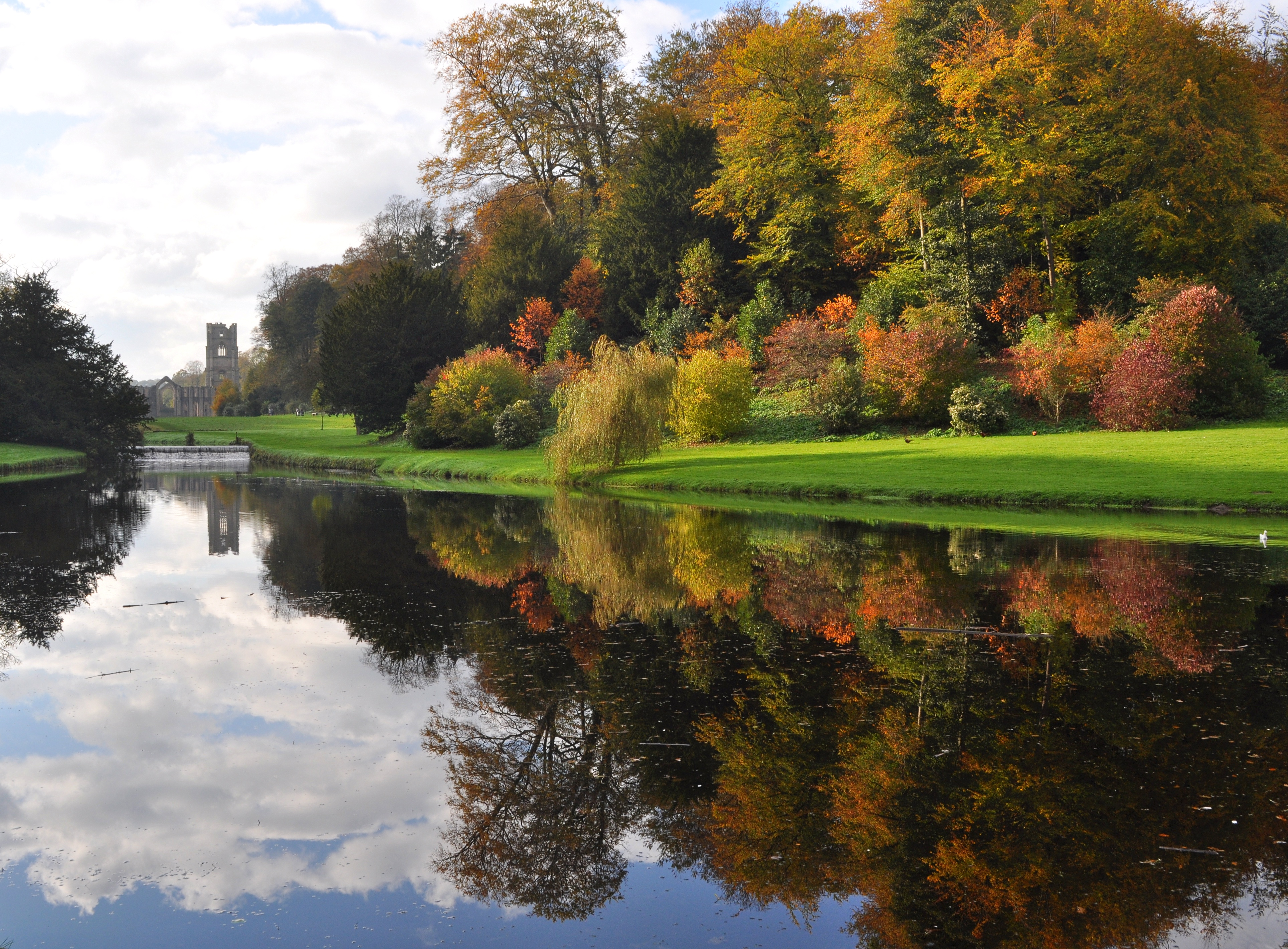 Fountains Abbey And Studley Royal Isn T Autumn Wonderful